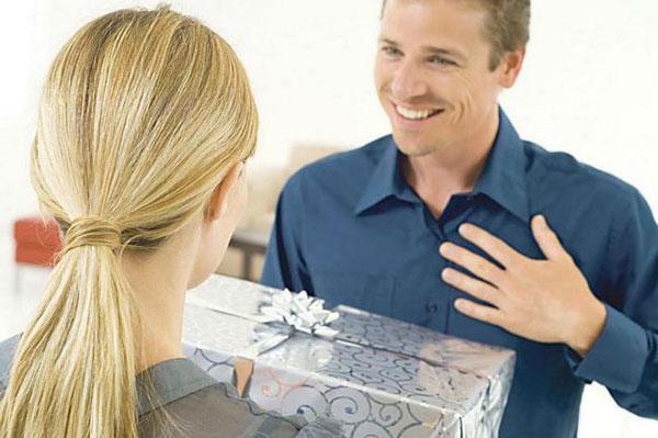 Какой сделать необычный подарок мужчине
